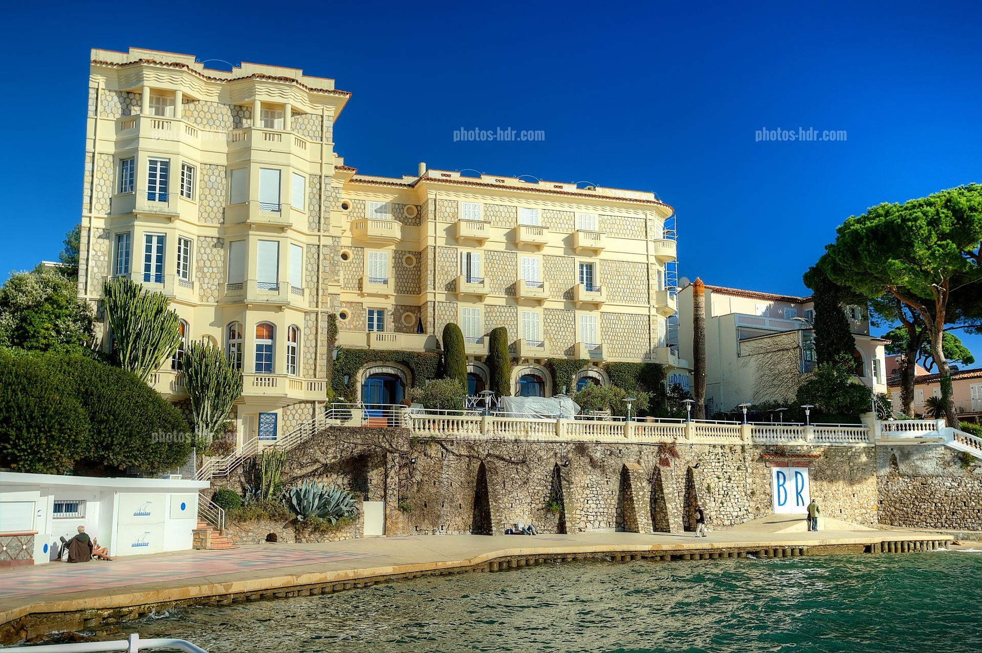 Photo hotel belle rive hors saison photos hdr h tels for Bell rive